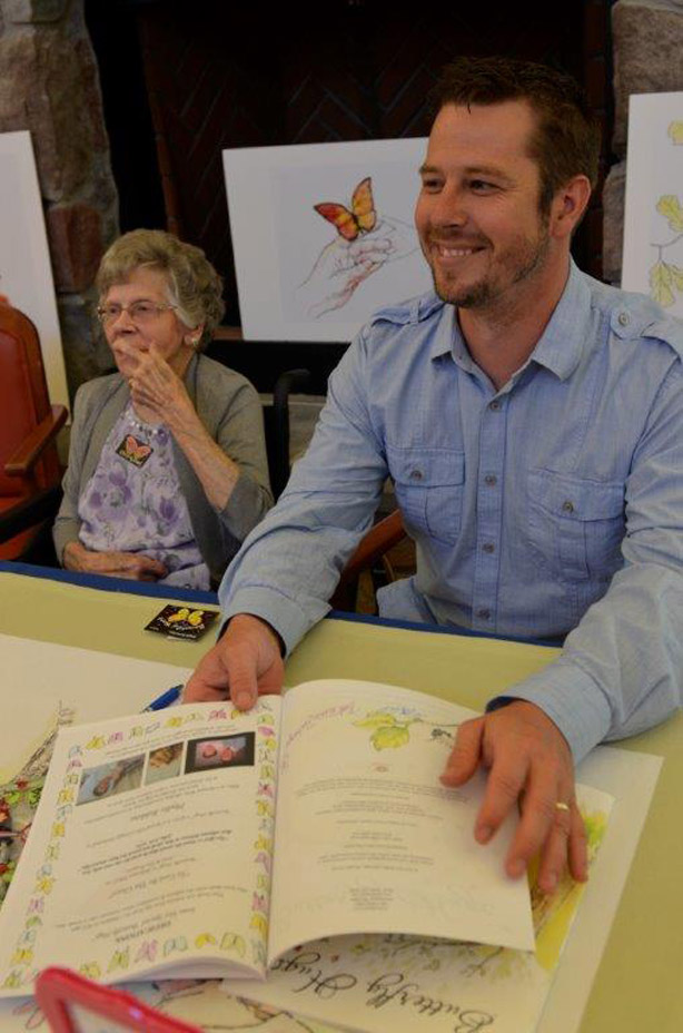 Book-Signing-137